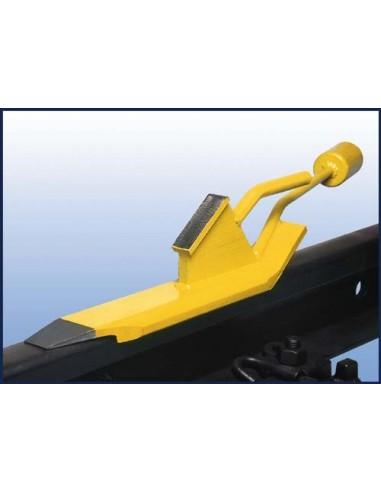 Self Removing Wheel Chock left handed version LIBO Cunei e costruzione ferroviaria v